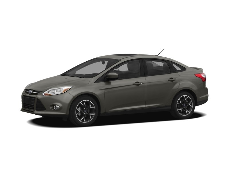 2012 Ford Focus SE MANUAL *** FREE WINTER TIRS & RIMS INC!!! *** Exterior Shot 19