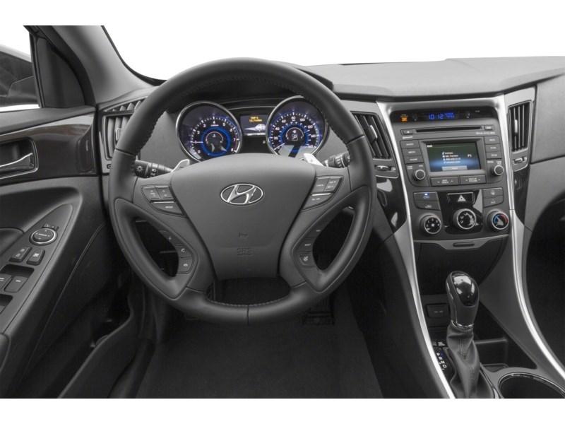 2014 Hyundai Sonata GLS Interior Shot 3
